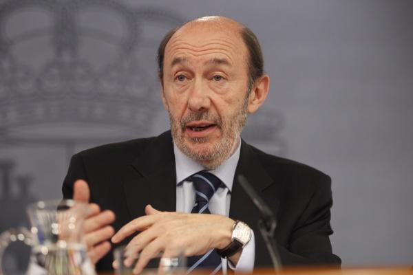99a0954b6 El vicepresidente primero del Gobierno y ministro de Interior, Alfredo  Pérez Rubalcaba, ha augurado este lunes que todos los problemas creados por  ...